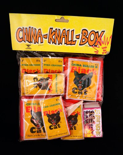 Feistel China-Knall-Box Black Cat inhoud