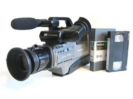 1319451819-268765578-1-pictures-of-panasonic-ag-dp200-s-vhs-camera-recorder.large.jpg
