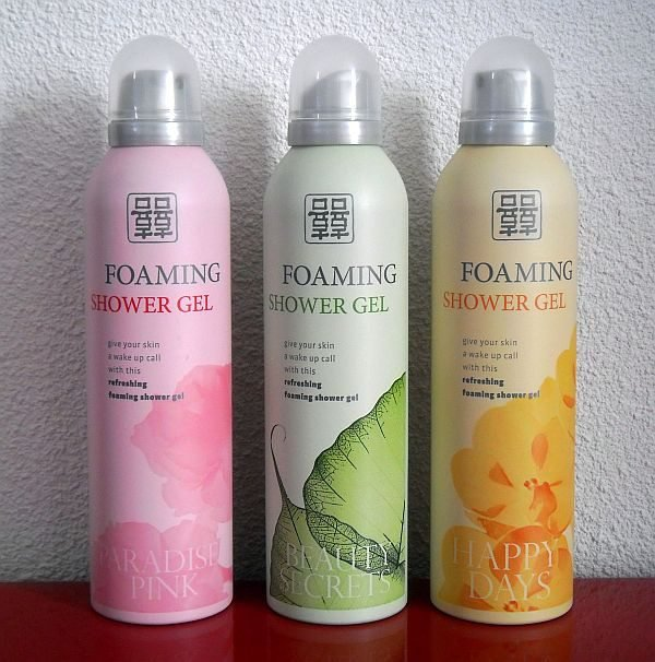 01-foaming-shower-gel.large.jpg