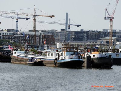 'Vagebond'& 'Emmy', in 'Oude Houthaven'
