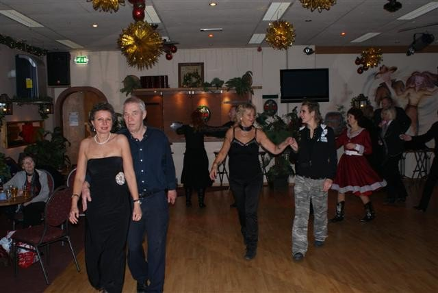 red-bandana-kerstfeest-17-december-2010-55.large.jpg