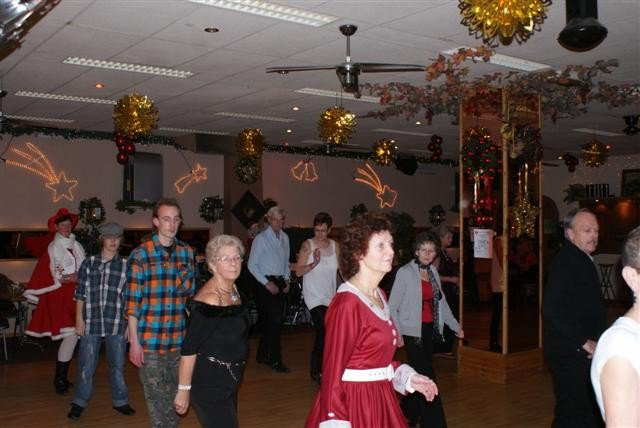 red-bandana-kerstfeest-17-december-2010-39.large.jpg