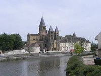 paray-le-monial.large.jpg