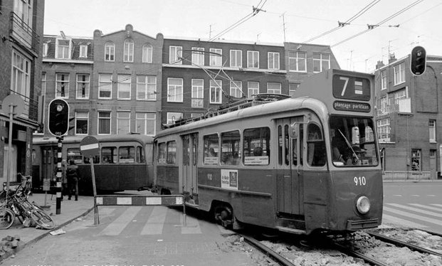 7-910968WdeWithstraat7-5-1979_NEW.jpg