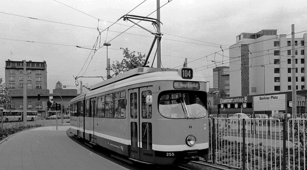 Ess17Berlinerplatz104-25525-5-19803036.jpg