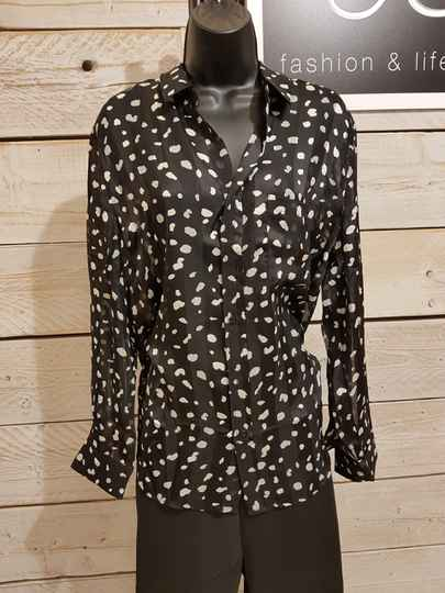 P95 blouse dot