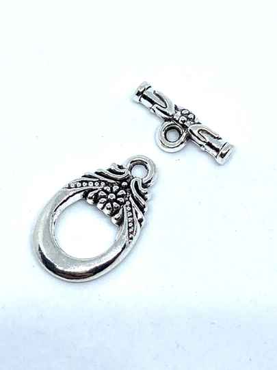 Toggle Clasp Floral 15x11mm Silver Tone