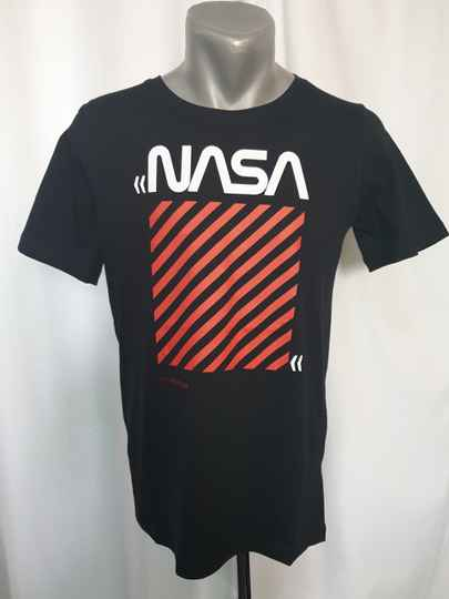 HB12. T-Shirt Nasa zwart.