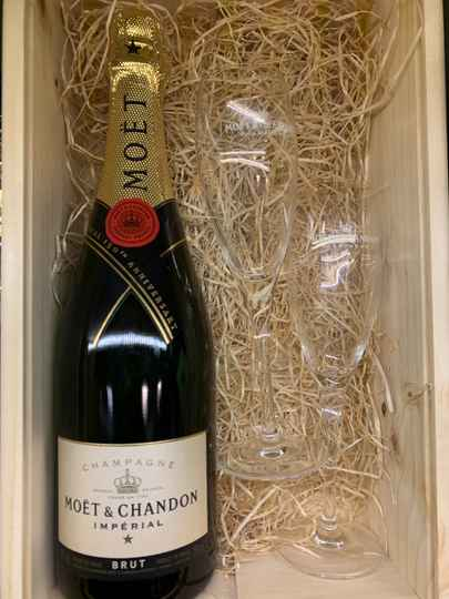 Champagne Moët & CHANDON deluxe giftpack