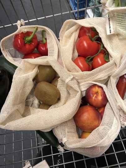 Reusable mesh and bulk bags for vegatables and fruit