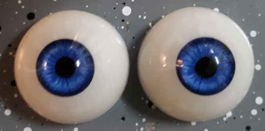 Dollicious Acrillic Mannequin Eyes - Winter Skies