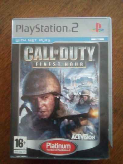 PS2 - Calll of Duty finest hour - Platinum