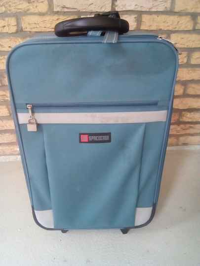 Suitcase trolly spacecase