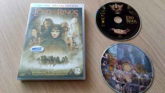 2 DVD The lord of the rings The fellowship of the ring