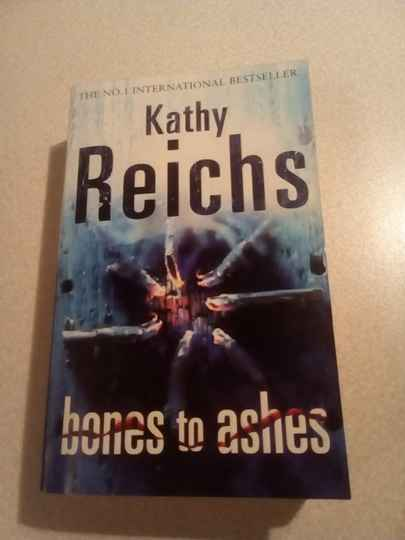 Kathy Reichs - Bones to ashes (ENGLISH)