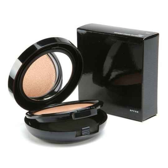 Royal Effem compact powder