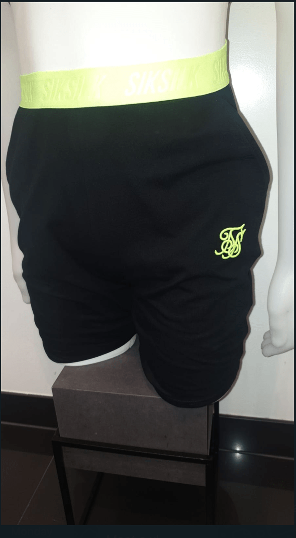 SIK SILK RELAXED FIT SHORT NEON YELLOW/BLACK
