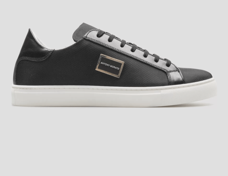 "ANTONY MORATO LOW-TOP ""METAL"" SNEAKER IN A HI-TECH FABRIC WITH DECORATIVE PLAQUE ZWART"