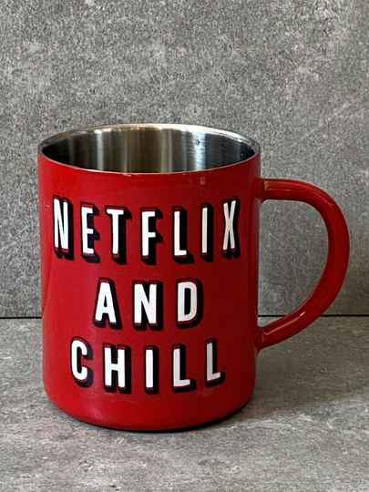 YOURS 'Netflix and chill' drinkmok
