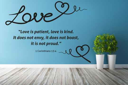 Muursticker 191124 - Love (1 Cor 13:4)