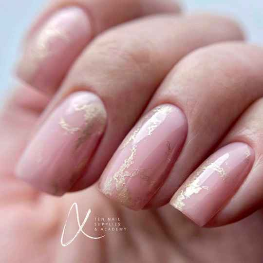 Natural nail treatment incl. Russische combi manicure training