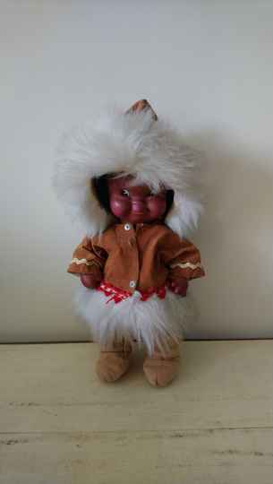 Vintage Eskimo Inuit pop Regal Canada
