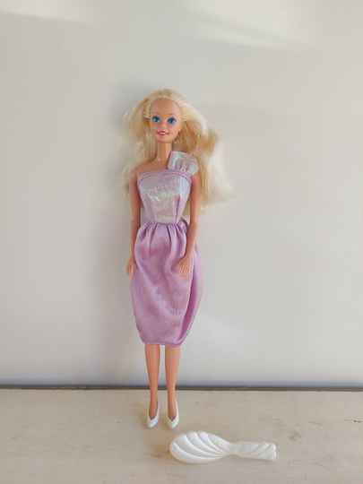 Vintage Fashion Play Barbie Mattel 1989