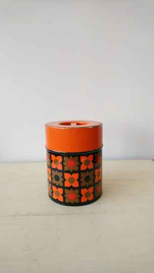 Vintage blik met bloemetjes flowerpower / tin with flower design