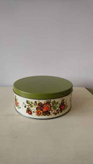 Vintage koektrommel met bloemen / cookie jar with flowers