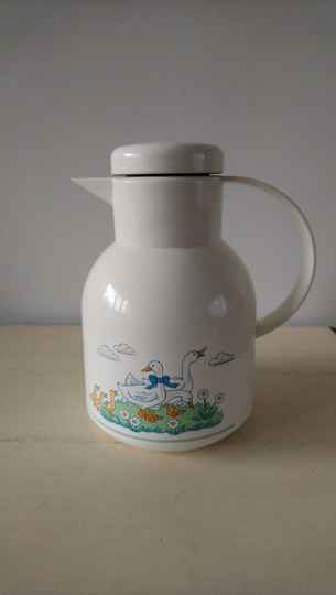 Vintage Emsa thermoskan met ganzen / thermos with geese print