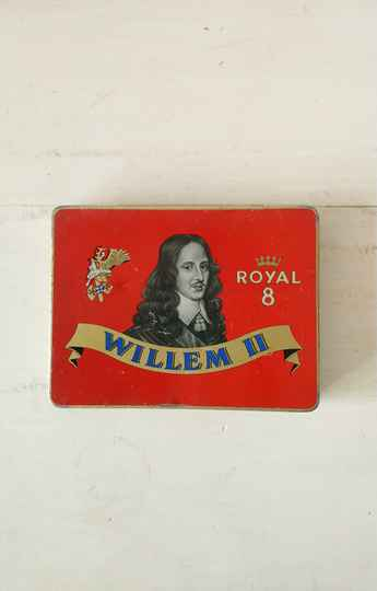 Vintage sigarenblik Willem II Royal 8 / cigar tin
