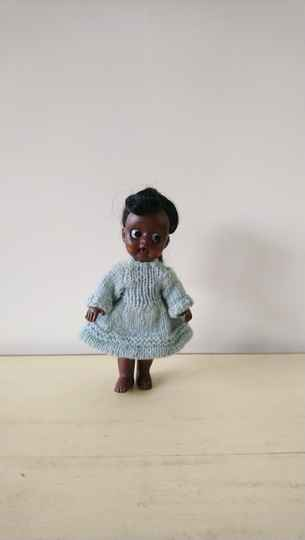 "Donkerbruin vintage ""negerpopje"" dark brown black doll"