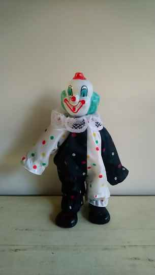 "Vintage pop ""clown"""