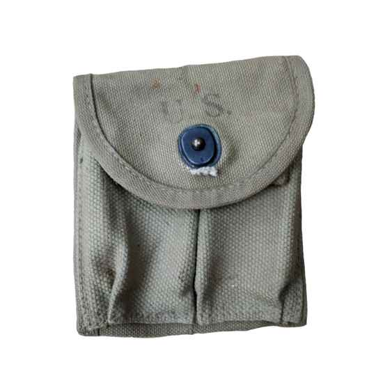 WWII US colt ammo pouch