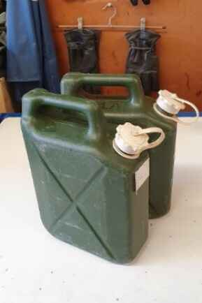 KM JERRY CAN 5 LITER WATER KL