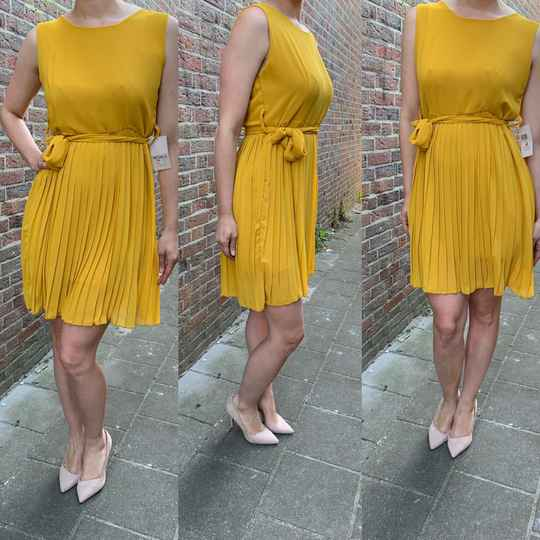 Pleated dress yellow ( One size fits all )