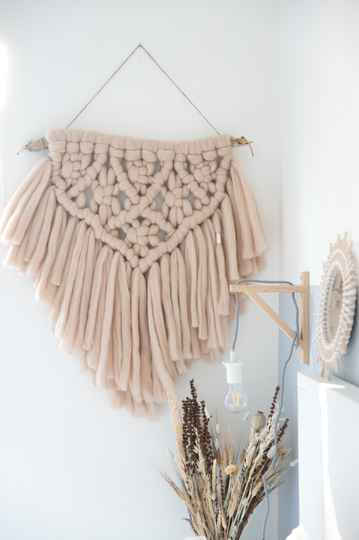 Roelie | Wollen wandhanger | Zand | SPECIAL EDITION