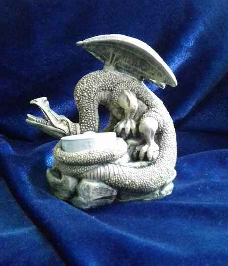 Poly Dragon Candle