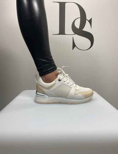 Sneakers white DS032
