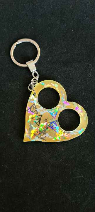 Heart Keychain Hufflepuff Snitch & Deadly Hallows Holographic