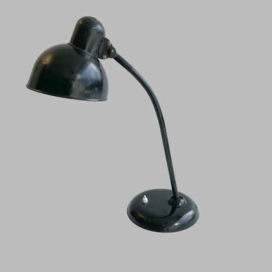 Kaiser Idell 6551 desk lamp