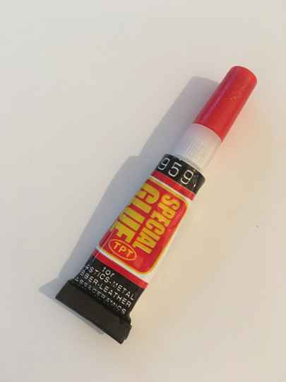 Super glue lijm kleber
