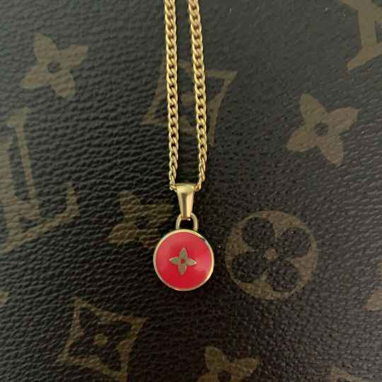 Ketting Louis Vuitton rood bedel