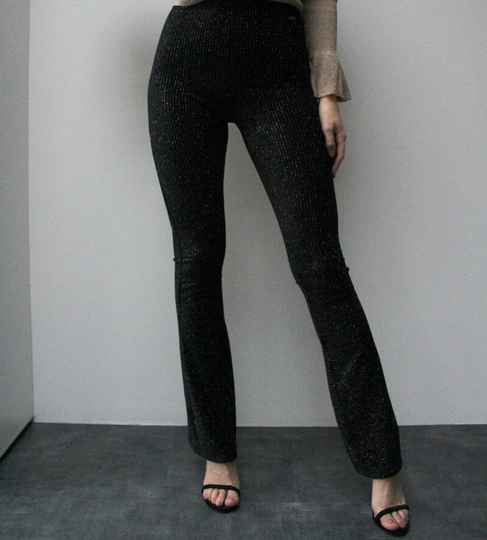 RIBBED FLARED GLITTER TROUSERS - BLACK