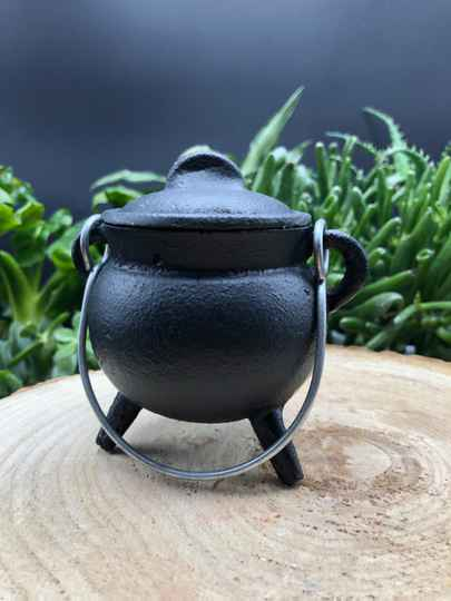 Cauldron (M)