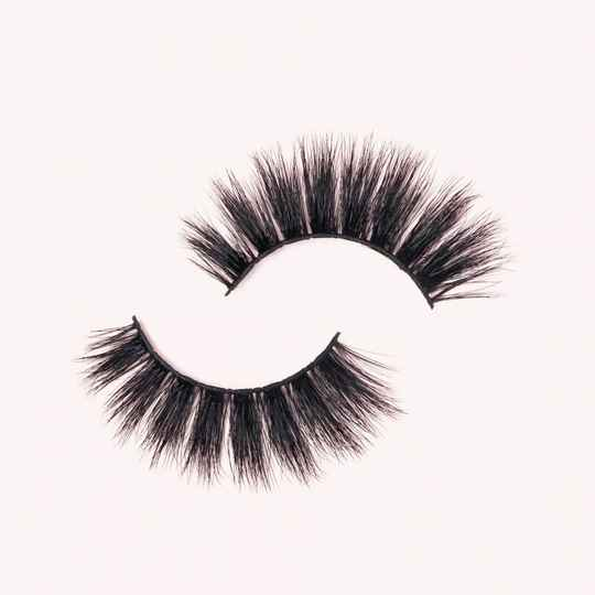 Chloe Wimpers/Lashes
