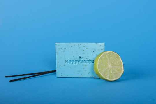 Happy Body Bar - Bergamot en Wierook