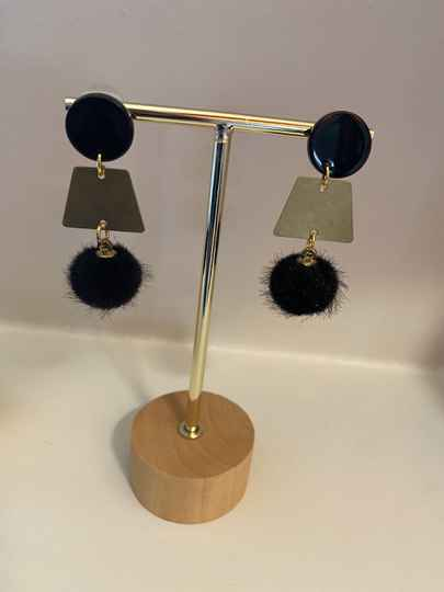 Black fluffy earring