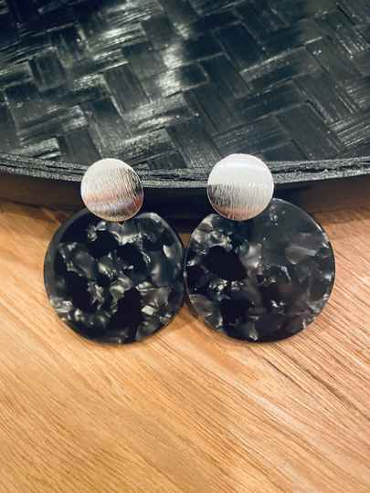 The circle earring