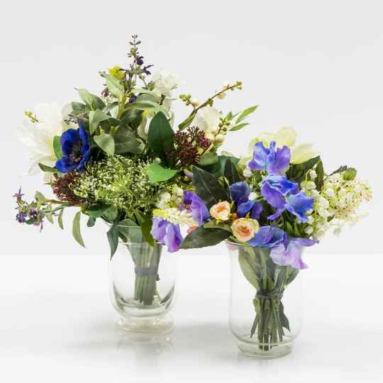Two smaller flower arrangements in glass vases (1) - separate products